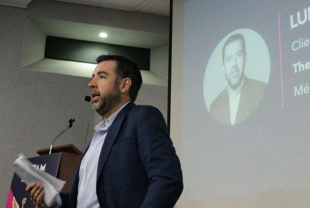 Luis Pérez, The Instant Group